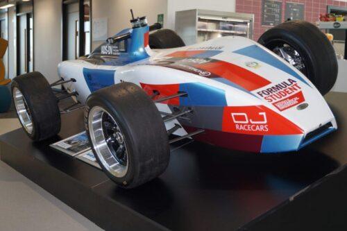 MTI AI car